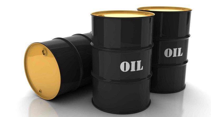 النفط يقفز فوق الـ 80 دولاراً مع تزايد القلق بشأن الإمدادات