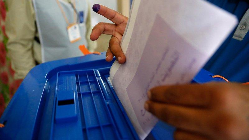 """نتائج الانتخابات العراقية وفوز """"الصدر"""": تفاؤل في المشهد العراقي و""""قلق"""" إيراني"""