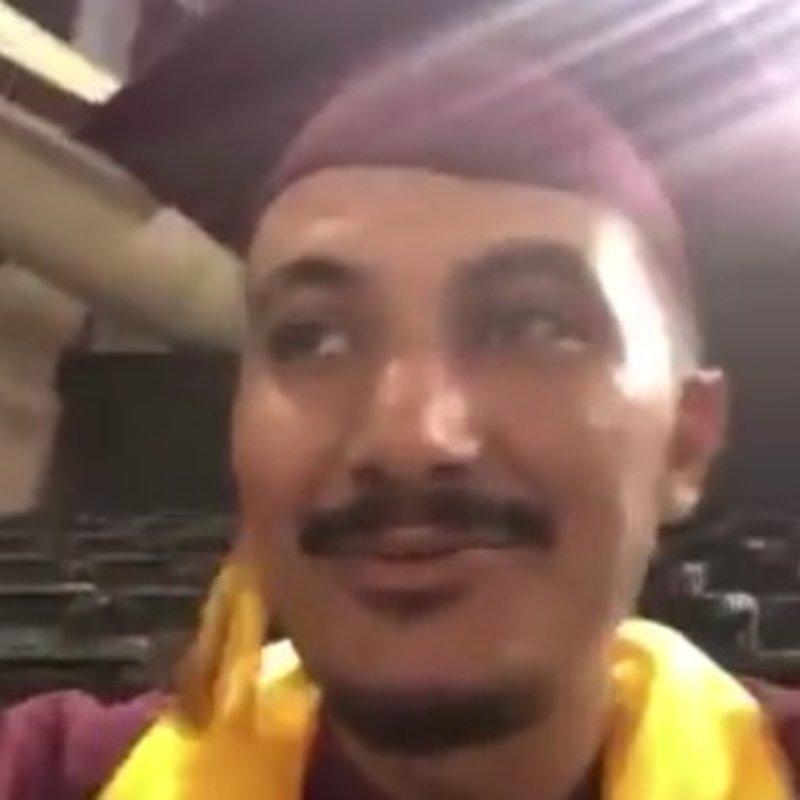شاهد ماذا قال هذا المبتعث أثناء حفل تخرجه بأمريكا