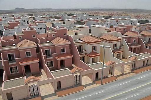 وزير الإسكان: وضعنا ضمانات لتسليم المواطن وحدته السكنية في الموعد المحدد