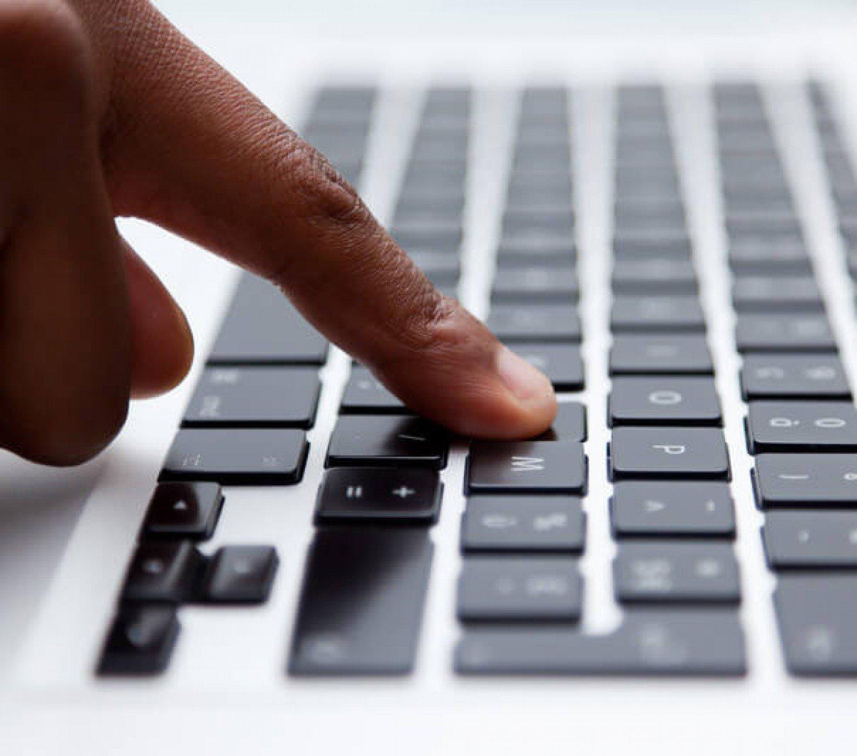 كيف تواجه رسائل النصب والاحتيال الإلكترونية؟