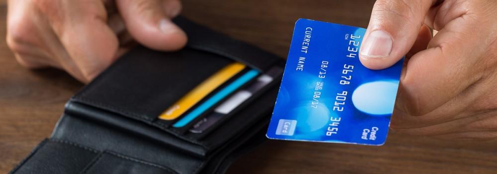 بيانات بطاقاتكم الائتمانية في خطر .. هذا الأمر إذا فعلتموه يُسهّل سرقتها