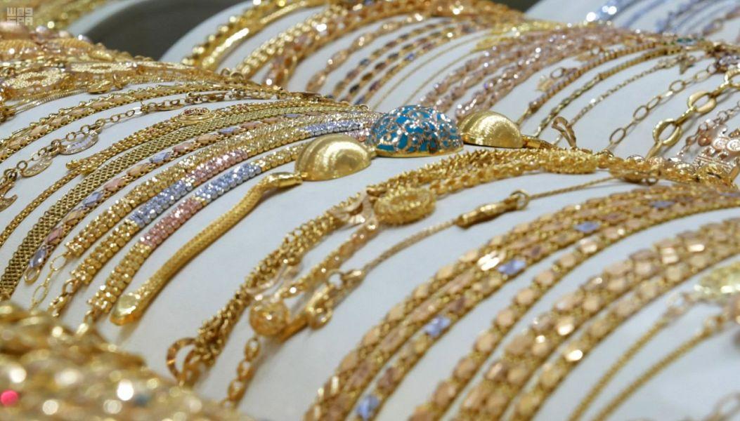 أسعار الذهب اليوم الجمعة .. عيار 18 يسجل 114.66 ريال