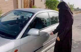 للنساء.. 7 نصائح لقيادة آمنة أهمها رقم 5