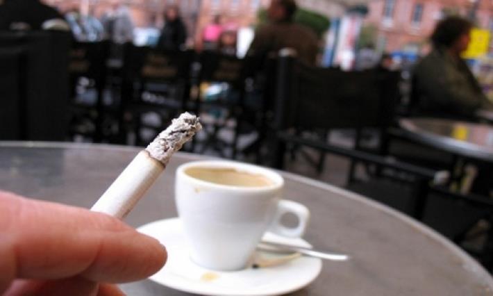 أمانة الرياض توجه بمنع التدخين بالمقاهي والمطاعم والمطابخ