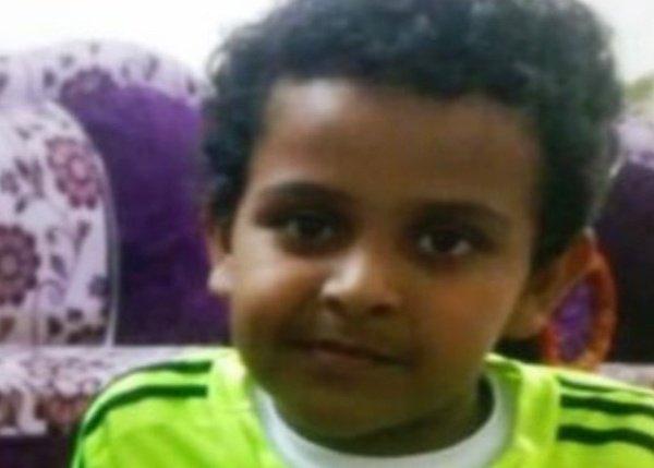 """العثور على """"طفل خميس حرب"""" المختفي مقتولًا حرقًا بجوار أحد المساجد"""