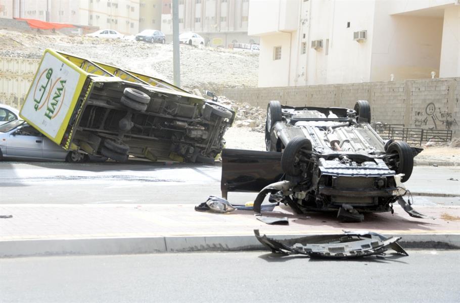 """شرطة مكة تصدر بياناً حول واقعة """"سائق الشيول"""".. وتكشف جنسيته وعدد السيارات المتضررة"""