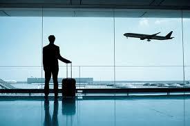 """بعضها تصل لتوفير سكن فندقي.. """"حماية المستهلك"""" تنبه المسافرين لحقوقهم لدى الناقل الجوي في هذه الحالة"""