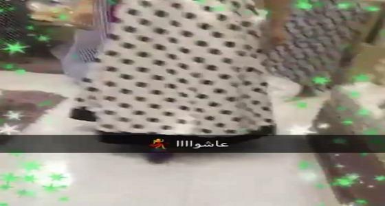 سناب شات يطلق عروس في ليلة الحناء قبل 24 ساعة من زفافها