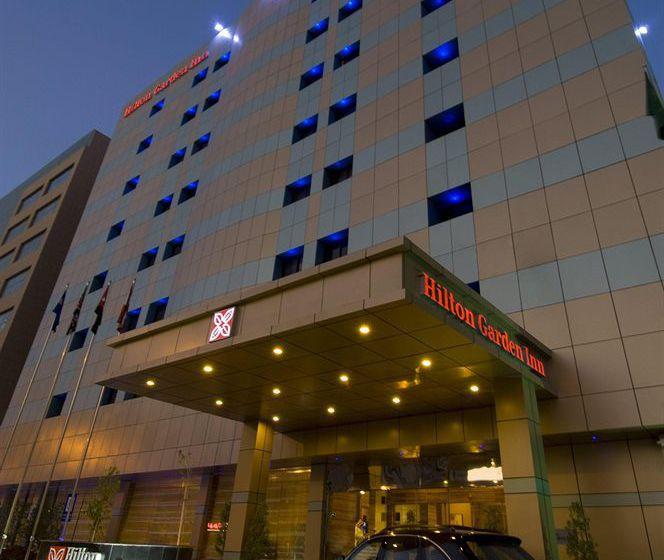 وظائف شاغرة لدى فنادق هيلتون في الرياض