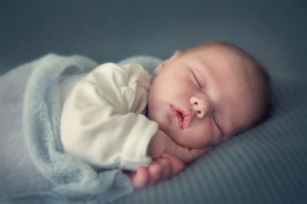 لصحة أفضل للطفل.. 10 نصائح ذهبية للأم الجديدة