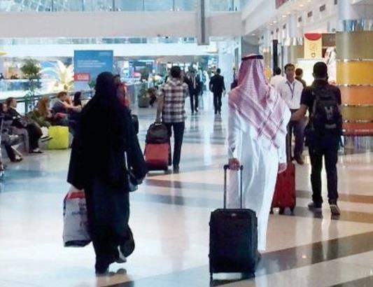 10 أسئلة شائعة تواجه السعوديين عند السفر للخارج