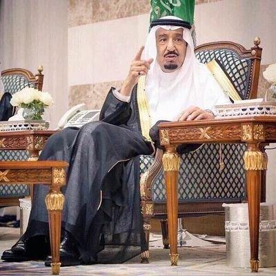 #عاجل خادم الحرمين الشريفين يصل إلى تبوك لهذا السبب !