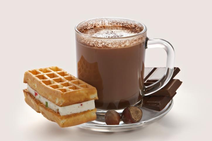 7 أسباب صحية لشرب الحليب بالشوكولاتة دائما