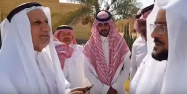 بالفيديو.. وزير الشؤون الإسلامية يتوعد المقصرين ويستمع لشكاوى المواطنين: جوالي متاح للجميع