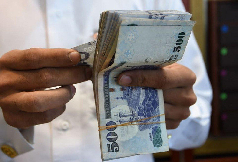 إقبال على القروض قبل تطبيق أنظمة البنوك الجديدة