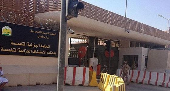 أطباء وأئمة مساجد.. الكشف عن أبرز مهن المتورطين في الجرائم الإرهابية
