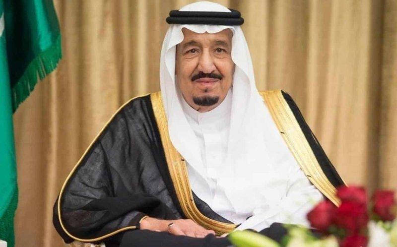 الملك مغردًا: نتطلع إلى مزيد من الإنجاز لتحقيق الخير والازدهار للوطن وشعبه