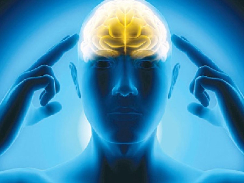 احذر.. العمل لساعات طويلة يسبب نوبات قلبية ويتلف الدماغ