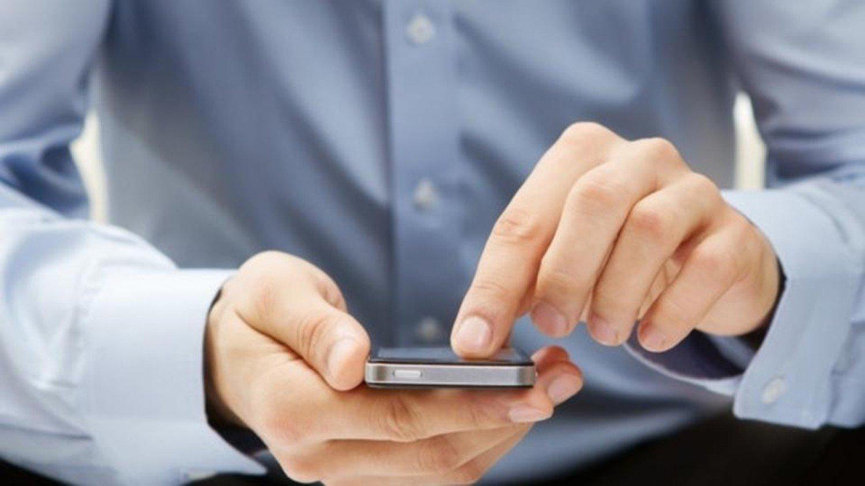 حقيقة اختراق الهواتف الذكية بالرد على أرقام مجهولة