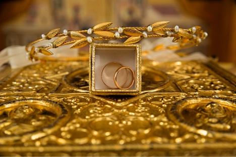 الجمعة البيضاء: هل سينزل سعر الذهب للبيع؟