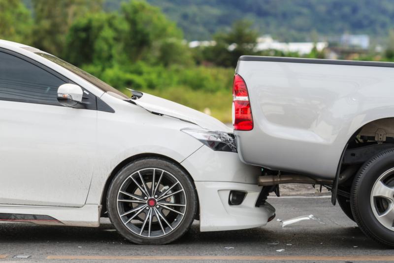 كيف يتم افتعال وقوع الحادث المروري وما دوافعه؟