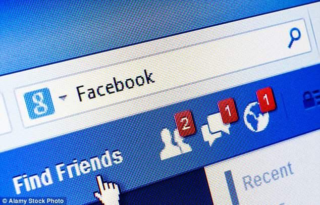 فيسبوك يتوقف عن العمل دون أسباب