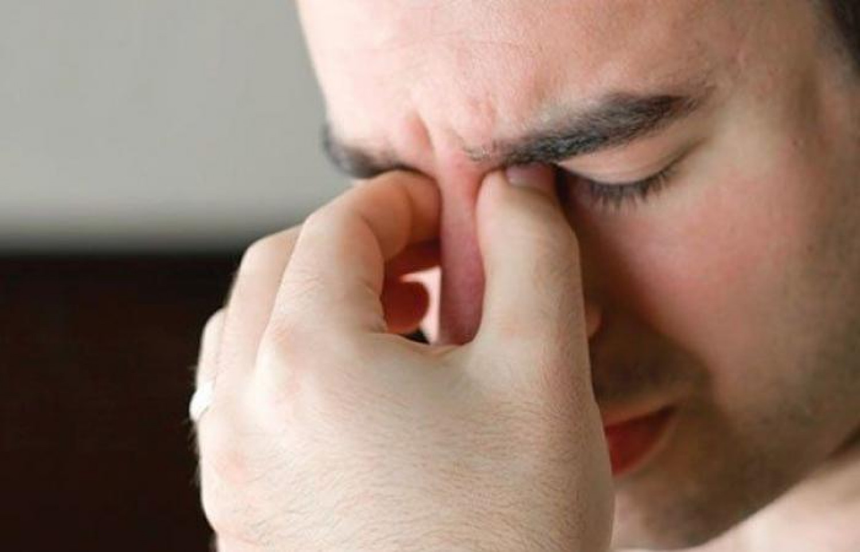 4 أسباب لنزيف الأنف.. الحساسية أحدها