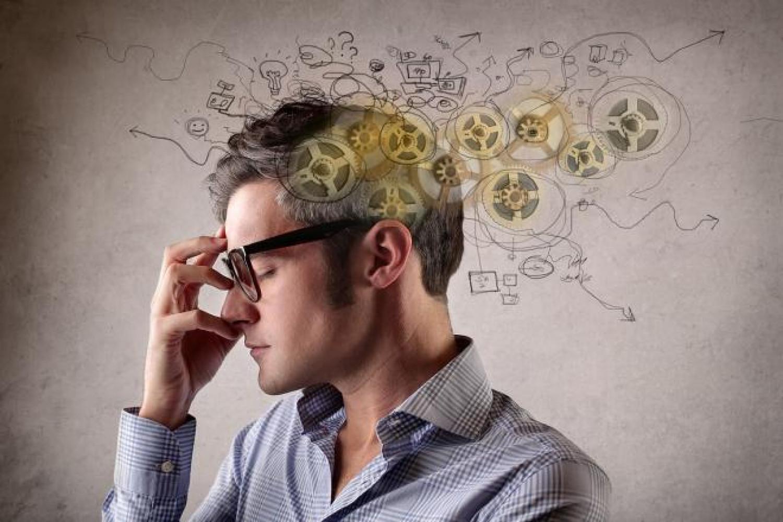 3 أسئلة تُجنبك «التفكير المفرط».. أجب عليها