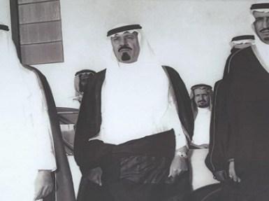 شاهد.. ملوك المملكة في صورة واحدة قبل 40 عامًا