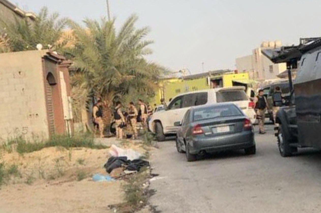 بالصور مقتل مطلوبين والقبض على آخرين في عملية أمنية بالقطيف