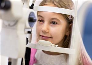 مرض كسل العين عند الأطفال.. لا يُمكن علاجه بعد سن السابعة.. وفقط هذا هو العلاج