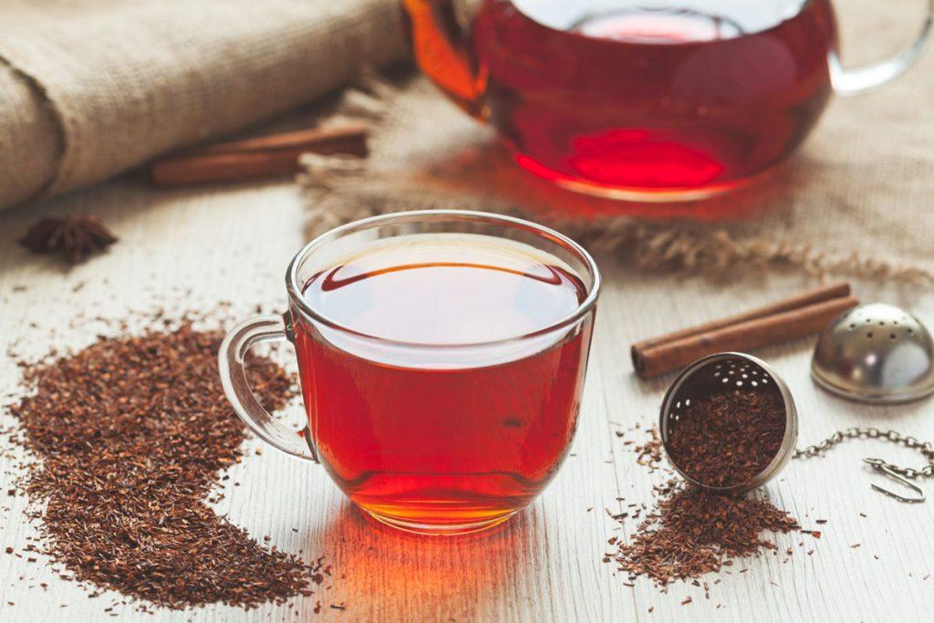 النساء الحوامل وشرب الشاي.. دراسة تكشف الضرر