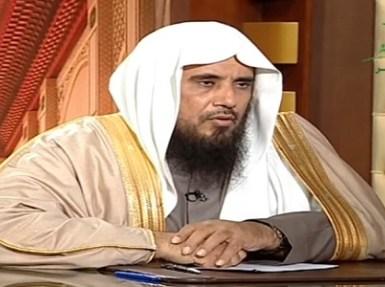 بالفيديو.. الخثلان يوضح حكم الصلاة في مرابض الغنم والبقر