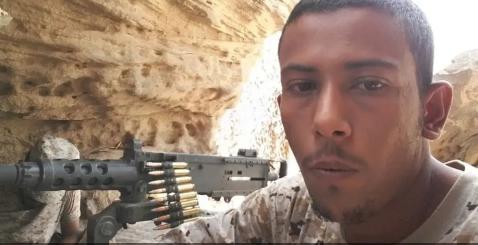"""شقيق الجندي """"عواجي"""" العائد من اليمن يروي تفاصيل أسره والمكالمة التي جرت بينهما خلال 3 سنوات"""