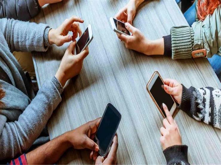 فوائد عديدة للبعد عن الأجهزة التكنولوجية لمدة ساعة يوميا.. تعرف عليها