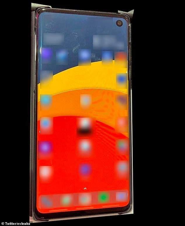 هكذا سيبدو هاتف سامسونج الجديد S10