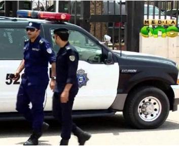شيخ من الأسرة الحاكمة في الكويت يعتدي على ضابط شرطة في مكان عمله !