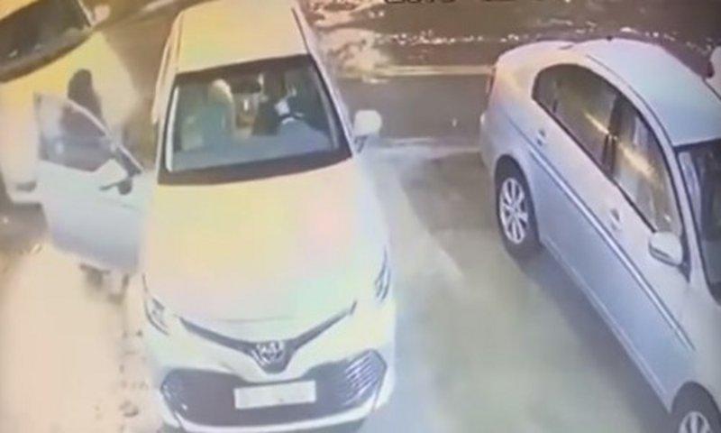 سارق سيارة مواطن ومهدد زوجته بالسلاح في قبضة شرطة الرياض