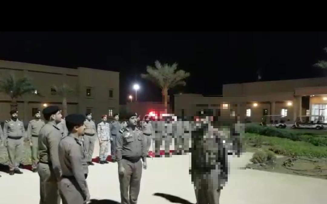 توجيه عاجل من مدير السجون بعد تداول مقطع تجريد العسكري من رتبته …. التفاصيل