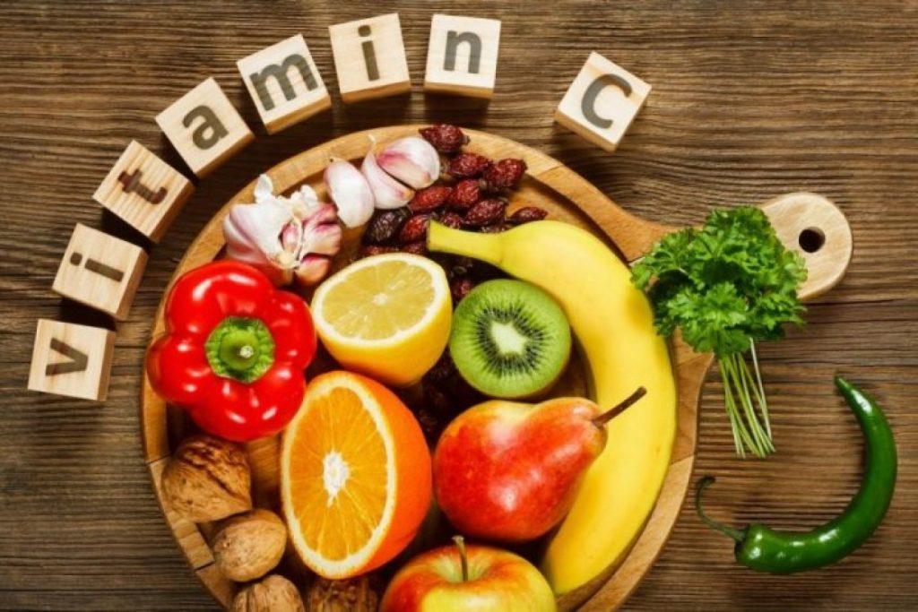 فيتامينات مفيدة لصحة العين.. تعرف عليها