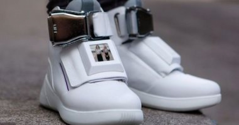 «أحذية قوقل».. تراقب الوزن والصحة