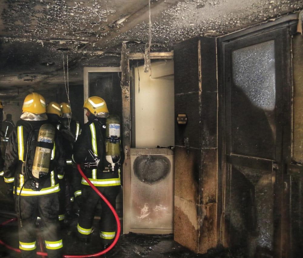 شاهد بالصور.. تفاصيل حريق فندق بمشروع جبل عمر