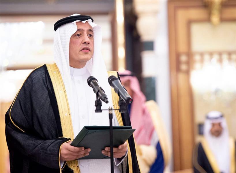 بالفيديو.. تركي الدخيل يؤدي القسم أمام خادم الحرمين سفيراً للمملكة لدى الإمارات