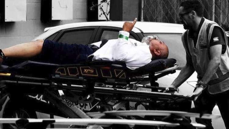 """وفاة """"محسن الحربي"""" متأثرا بإصابته.. الرجل """"الرافع سبابته"""" في مجزرة المسجدين"""