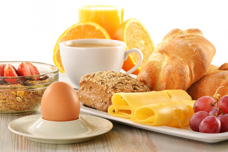 4 عناصر ضرورية لـ «إفطار صحي»
