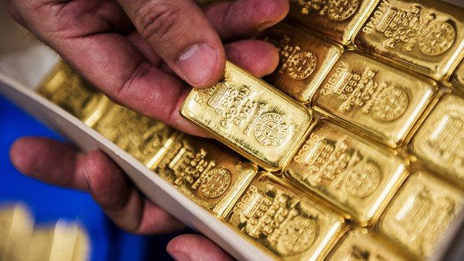 أسعار الذهب ترتفع مع تحول الدولار للانخفاض