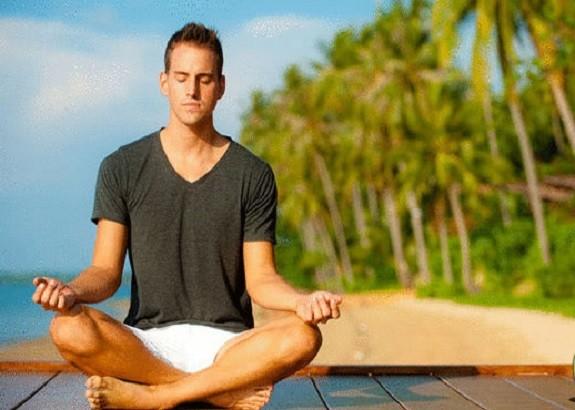 دراسة: اليوجا قد تساعد في تخفيف الاكتئاب والقلق لدى مرضى الشلل الرعاش