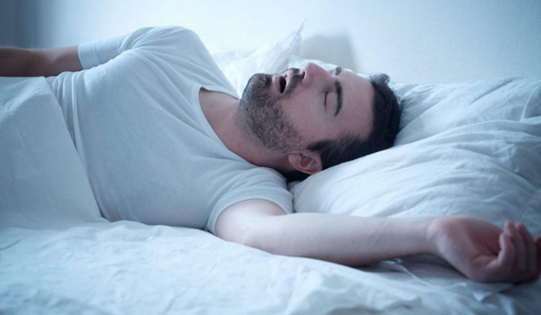 هل تعاني من الشخير أثناء النوم؟.. إليك علاجات منزلية بسيطة