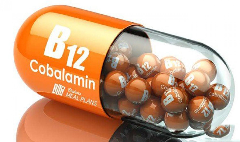 3 مؤشرات بالوجه تدل على نقص فيتامين B12